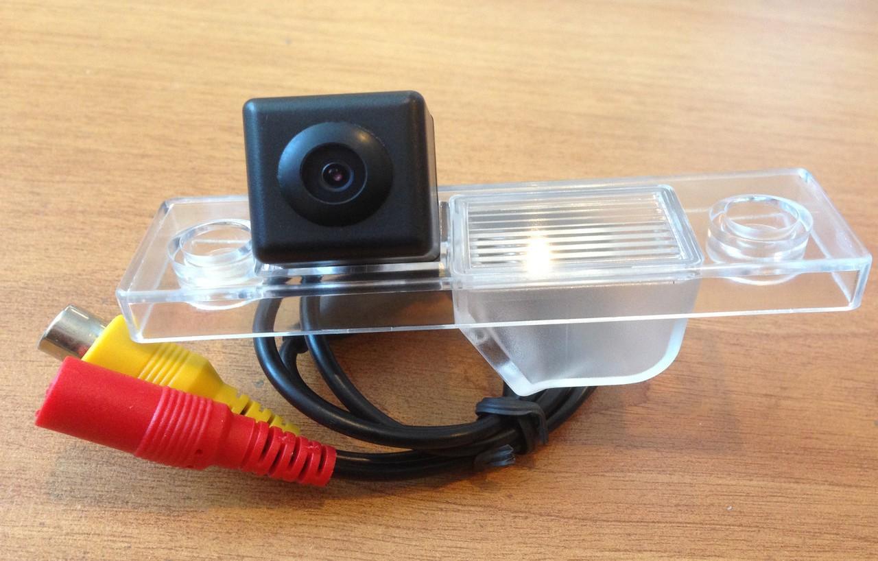 установка камеры заднего вида на chevrolet aveo