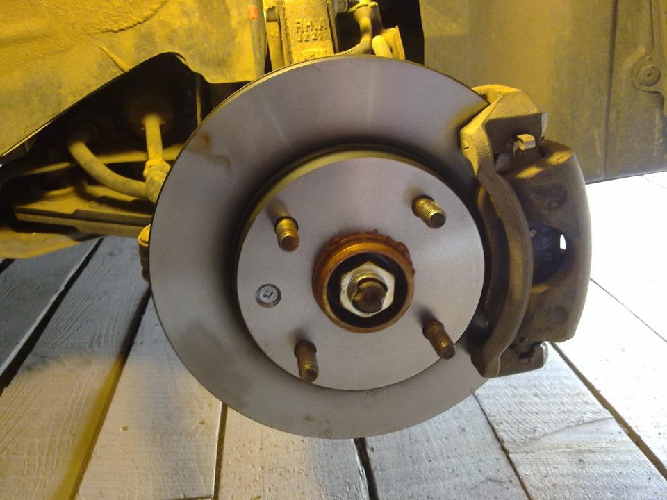 замена передних тормозных дисков на chevrolet lacetti