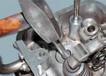 Замена направляющих втулок клапанов