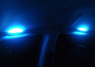 Aveo: Подсветка потолочных ручек